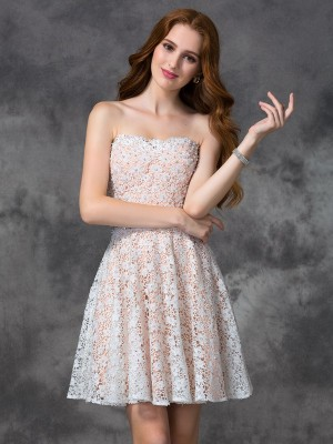 A-Line/Princess Sweetheart Sleeveless Short/Mini Lace Dresses with Lace