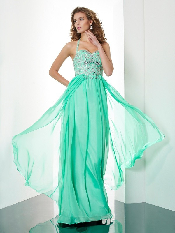 A-Line/Princess Halter Sleeveless Sweep/Brush Train Chiffon Dresses with Beading Applique