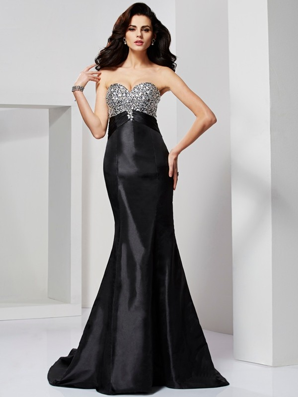 Trumpet/Mermaid Sweetheart Sleeveless Sweep/Brush Train Taffeta Dresses with Beading Pleats