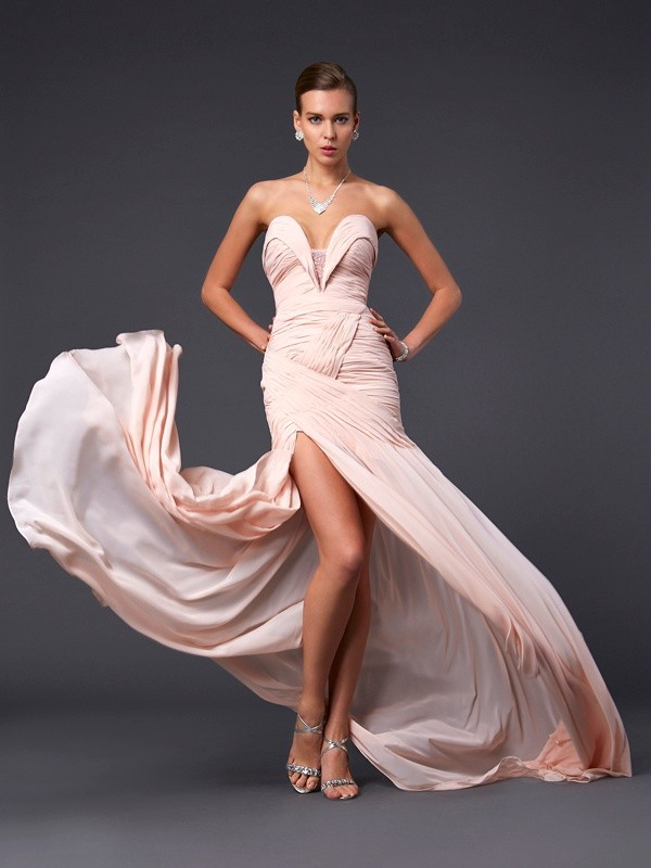 Sheath/Column Sweetheart Sleeveless Sweep/Brush Train Chiffon Dresses with Pleats