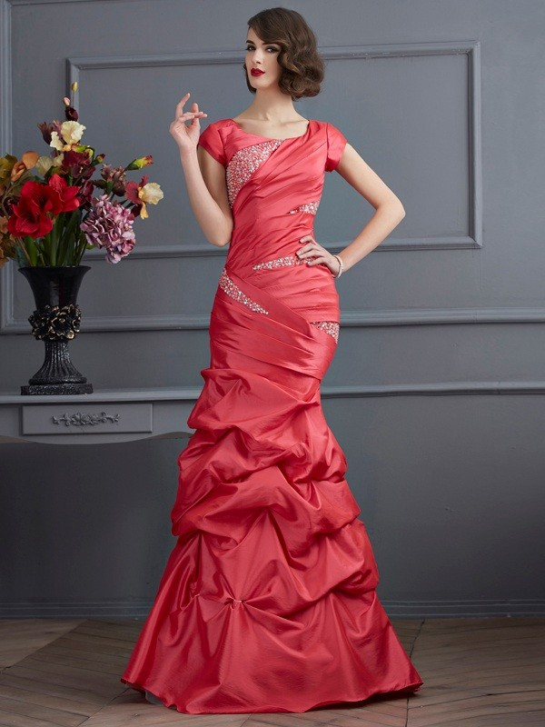 Trumpet/Mermaid Scoop Short Sleeves Floor-Length Taffeta Dresses with Beading