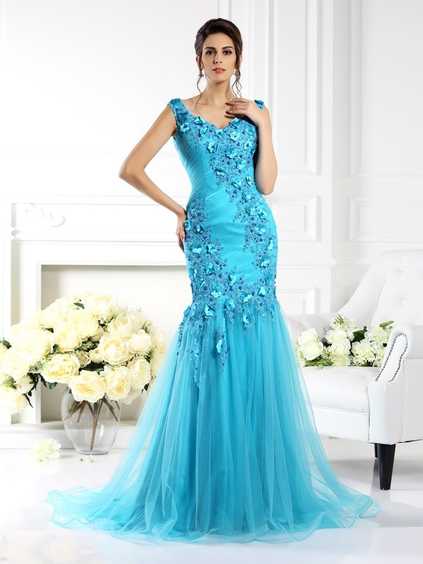 Trumpet/Mermaid Straps Sleeveless Sweep/Brush Train Silk like Satin Dresses with Applique