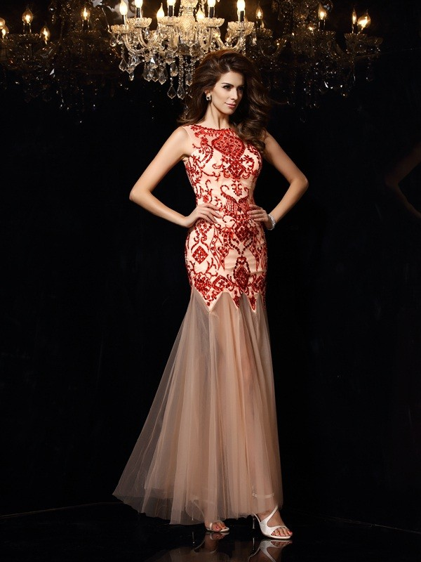 Sheath/Column Scoop Sleeveless Floor-Length Satin Dresses with Beading
