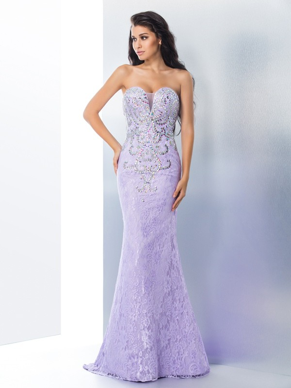 Trumpet/Mermaid Sweetheart Sleeveless Sweep/Brush Train Lace Dresses with Beading