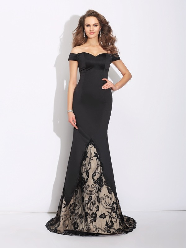 Trumpet/Mermaid Off-the-Shoulder Sleeveless Sweep/Brush Train Satin Dresses with Lace