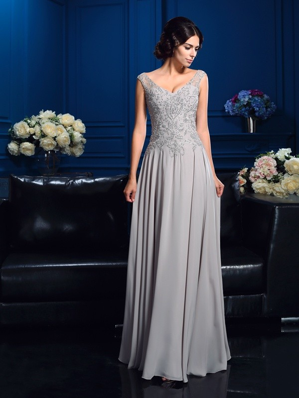 A-Line/Princess V-neck Sleeveless Floor-Length Chiffon Mother of the Bride Dresses with Beading