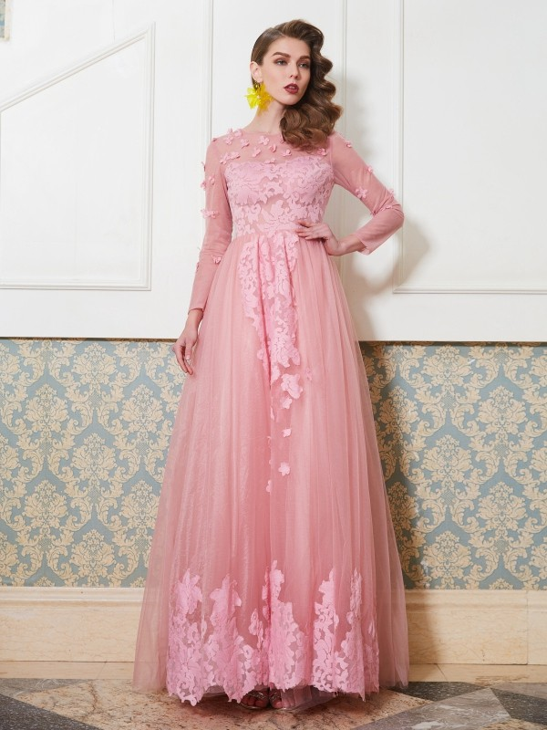 A-Line/Princess Scoop 3/4 Sleeves Floor-Length Tulle Dresses with Applique
