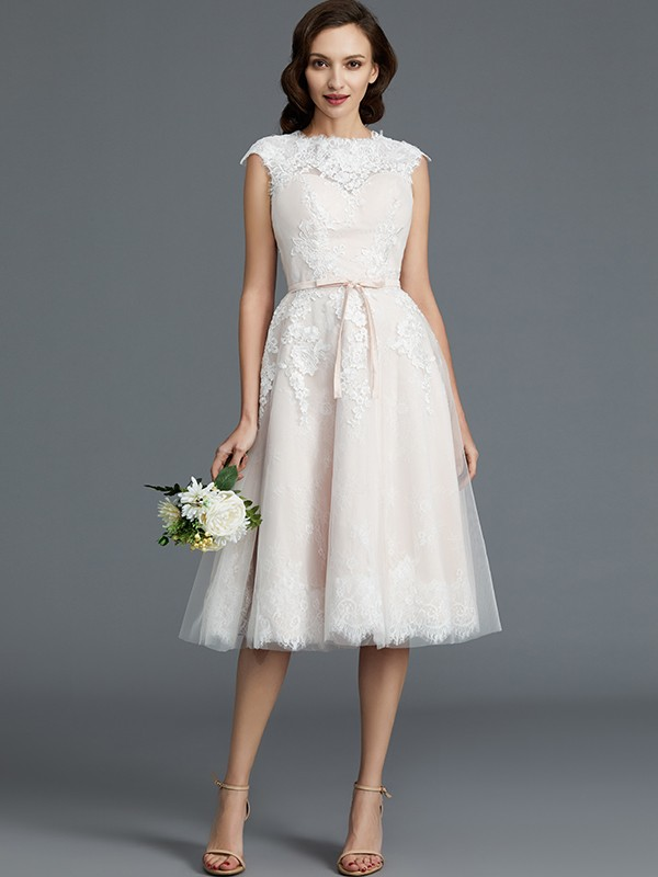 A-Line/Princess Bateau Sleeveless Knee-Length Tulle Wedding Dresses