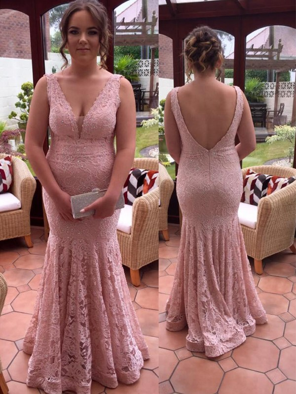 Trumpet/Mermaid V-neck Sleeveless Floor-Length Lace Dresses with Beading
