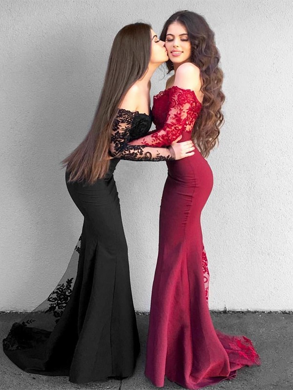 Trumpet/Mermaid Off-the-Shoulder Long Sleeves Sweep/Brush Train Satin Dresses with Applique