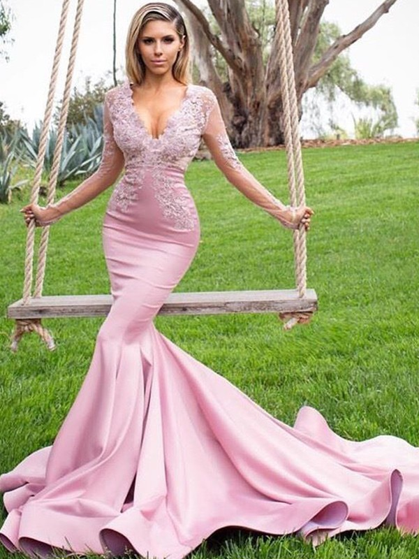 Trumpet/Mermaid V-neck Long Sleeves Sweep/Brush Train Satin Dresses with Applique