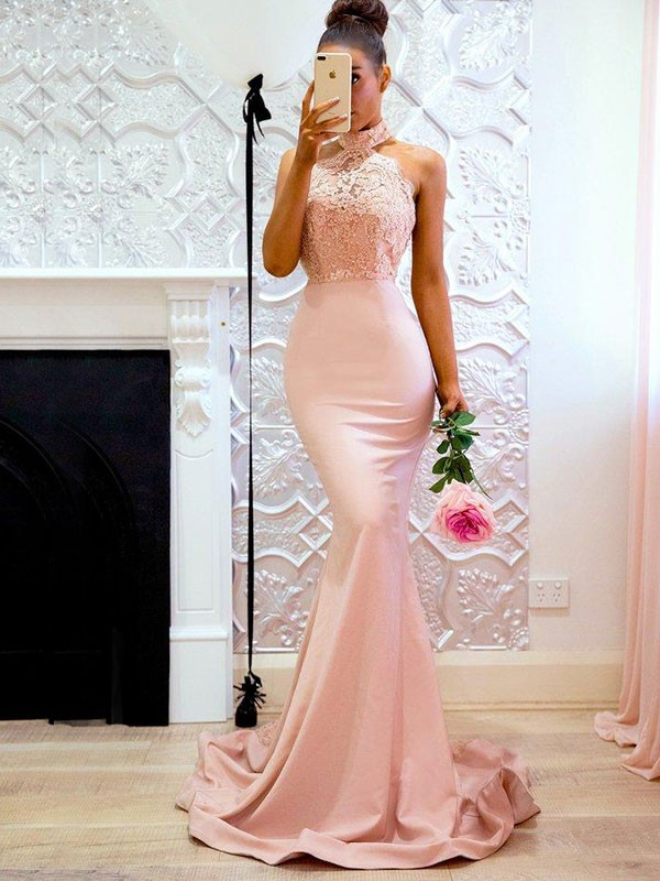 Trumpet/Mermaid Halter Sleeveless Sweep/Brush Train Satin Dresses with Lace