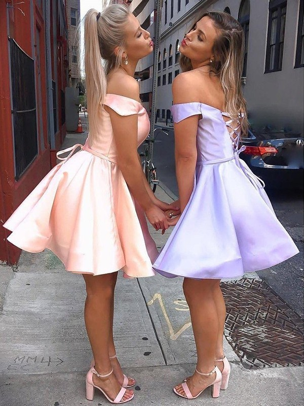 A-Line/Princess Satin Ruffles Off-the-Shoulder Sleeveless Short/Mini Homecoming Dress