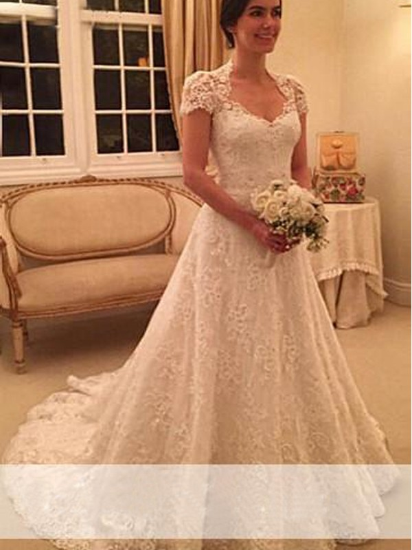 A-Line/Princess Sweetheart Short Sleeves Court Train Lace Wedding Dresses with Lace