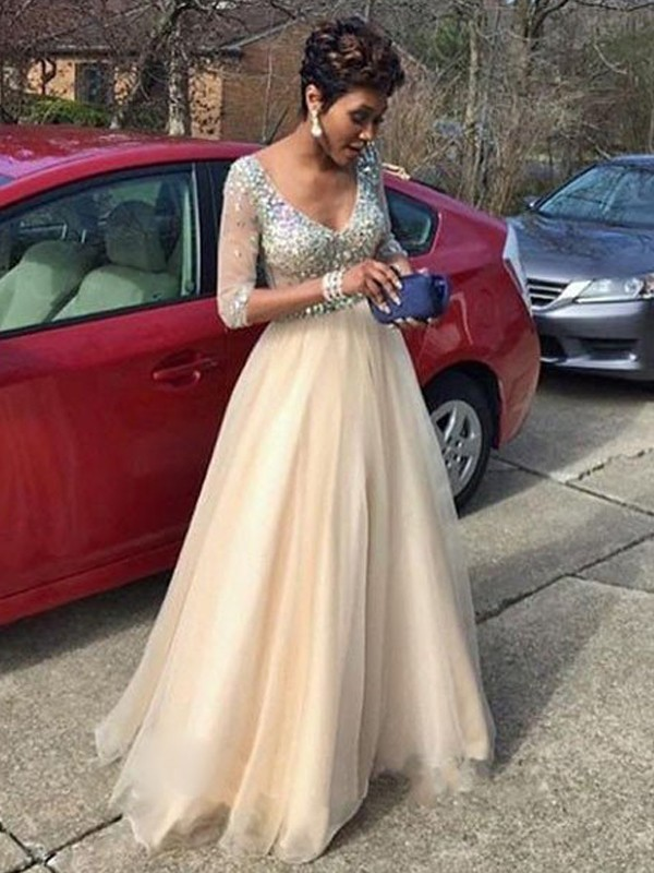 A-Line/Princess V-neck Long Sleeves Floor-Length Tulle Dresses with Beading