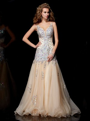 Sheath/Column V-neck Sleeveless Floor-Length Organza Dresses with Beading