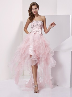 A-Line/Princess Strapless Sleeveless Asymmetrical Organza Dresses with Beading