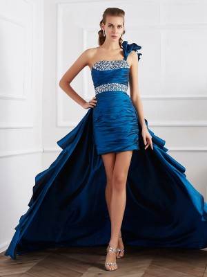 A-Line/Princess One-Shoulder Sleeveless Asymmetrical Taffeta Dresses with Beading