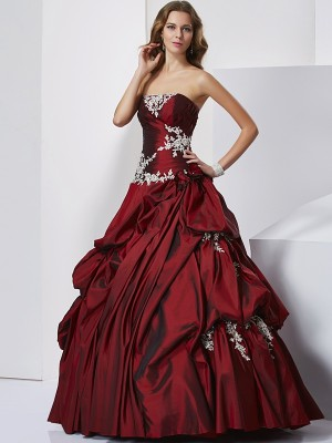 Ball Gown Sweetheart Sleeveless Floor-Length Taffeta Dresses with Beading