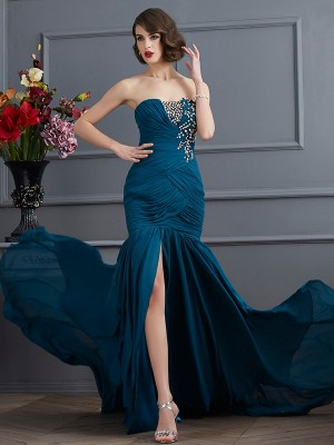 Trumpet/Mermaid Strapless Sleeveless Sweep/Brush Train Chiffon Dresses with Beading Applique