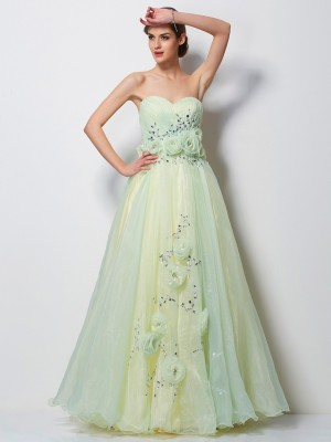 A-Line/Princess Sweetheart Sleeveless Floor-Length Satin Tulle Dresses with Beading Hand-Made Flower