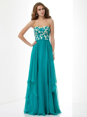 A-Line/Princess Sweetheart Sleeveless Floor-Length Chiffon Dresses with Applique