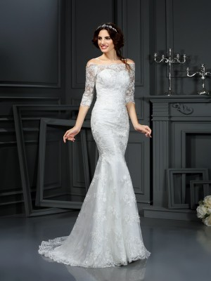 Sheath/Column Off-the-Shoulder 1/2 Sleeves Sweep/Brush Train Lace Wedding Dresses with Lace