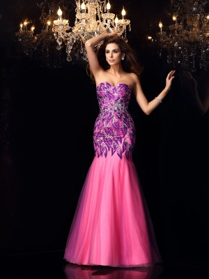 Trumpet/Mermaid Sweetheart Sleeveless Floor-Length Net Dresses with Beading
