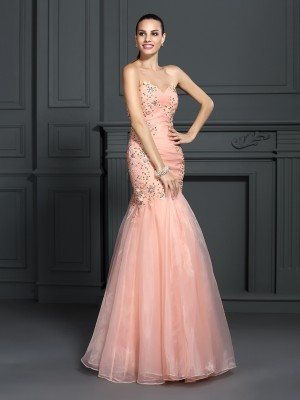 Trumpet/Mermaid Sweetheart Sleeveless Floor-Length Organza Dresses with Applique