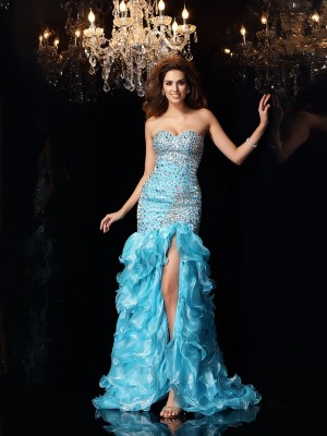 Trumpet/Mermaid Sweetheart Sleeveless Asymmetrical Organza Dresses with Beading