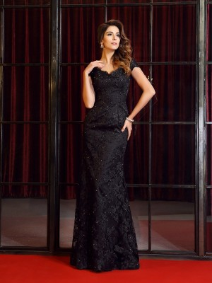 Trumpet/Mermaid V-neck Short Sleeves Floor-Length Lace Dresses with Applique