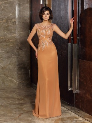 Sheath/Column Scoop Sleeveless Sweep/Brush Train Chiffon Mother of the Bride Dresses with Beading Applique