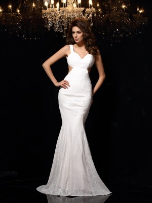 Trumpet/Mermaid Straps Sleeveless Court Train Lace Dresses with Beading