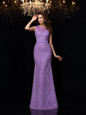 Sheath/Column Scoop Sleeveless Floor-Length Satin Dresses with Lace