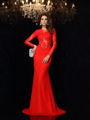 Sheath/Column Scoop Long Sleeves Court Train Chiffon Dresses with Lace