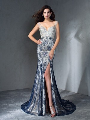 Trumpet/Mermaid V-neck Sleeveless Sweep/Brush Train Lace Dresses with Beading