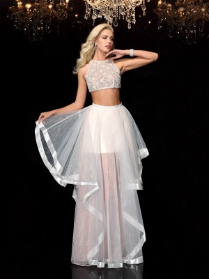 A-Line/Princess Scoop Sleeveless Floor-Length Tulle Dresses with Applique