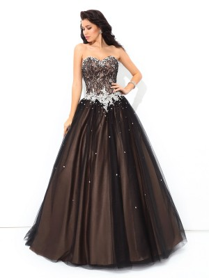 Ball Gown Sweetheart Sleeveless Floor-Length Net Dresses with Beading