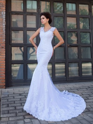 Trumpet/Mermaid V-neck Sleeveless Chapel Train Satin Wedding Dresses with Applique