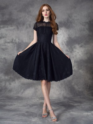 A-Line/Princess Jewel Short Sleeves Knee-Length Lace Dresses with Lace