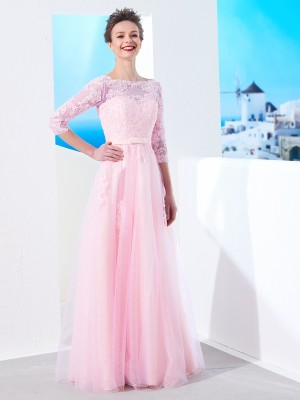 A-Line/Princess Bateau 1/2 Sleeves Floor-Length Tulle Dresses with Applique