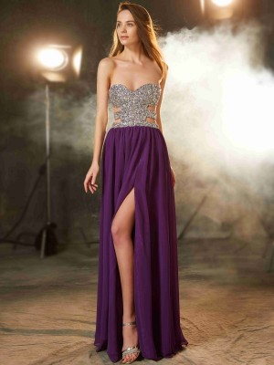 A-Line/Princess Sweetheart Sleeveless Floor-Length Chiffon Dresses with Crystal