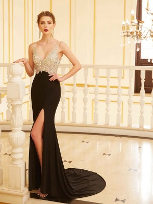 Sheath/Column V-neck Sleeveless Sweep/Brush Train Spandex Dresses with Beading