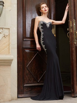Sheath/Column Sweetheart Sleeveless Sweep/Brush Train Spandex Dresses with Sequin