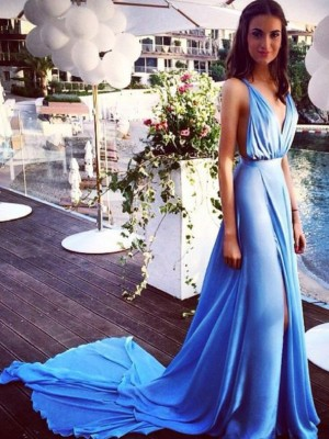 A-Line/Princess Spaghetti Straps Sleeveless Court Train Chiffon Dresses with Pleats