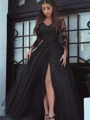 Ball Gown Off-the-Shoulder Long Sleeves Floor-Length Tulle Dresses with Applique
