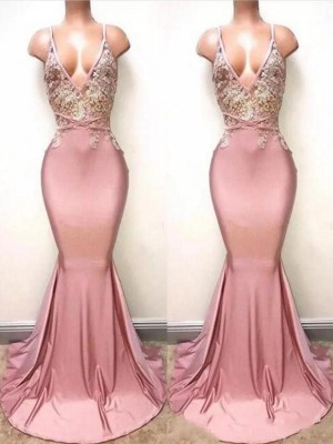 Trumpet/Mermaid V-neck Sleeveless Sweep/Brush Train Satin Dresses with Lace