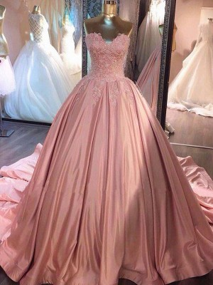 Ball Gown Sweetheart Sleeveless Court Train Satin Dresses with Lace