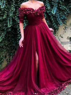 A-Line/Princess Off-the-Shoulder 1/2 Sleeves Sweep/Brush Train Tulle Dresses with Ruffles