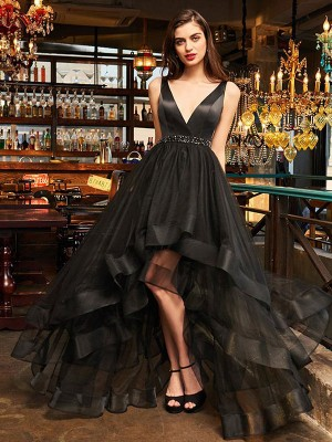 A-Line/Princess V-neck Sleeveless Asymmetrical Organza Dresses with Ruffles